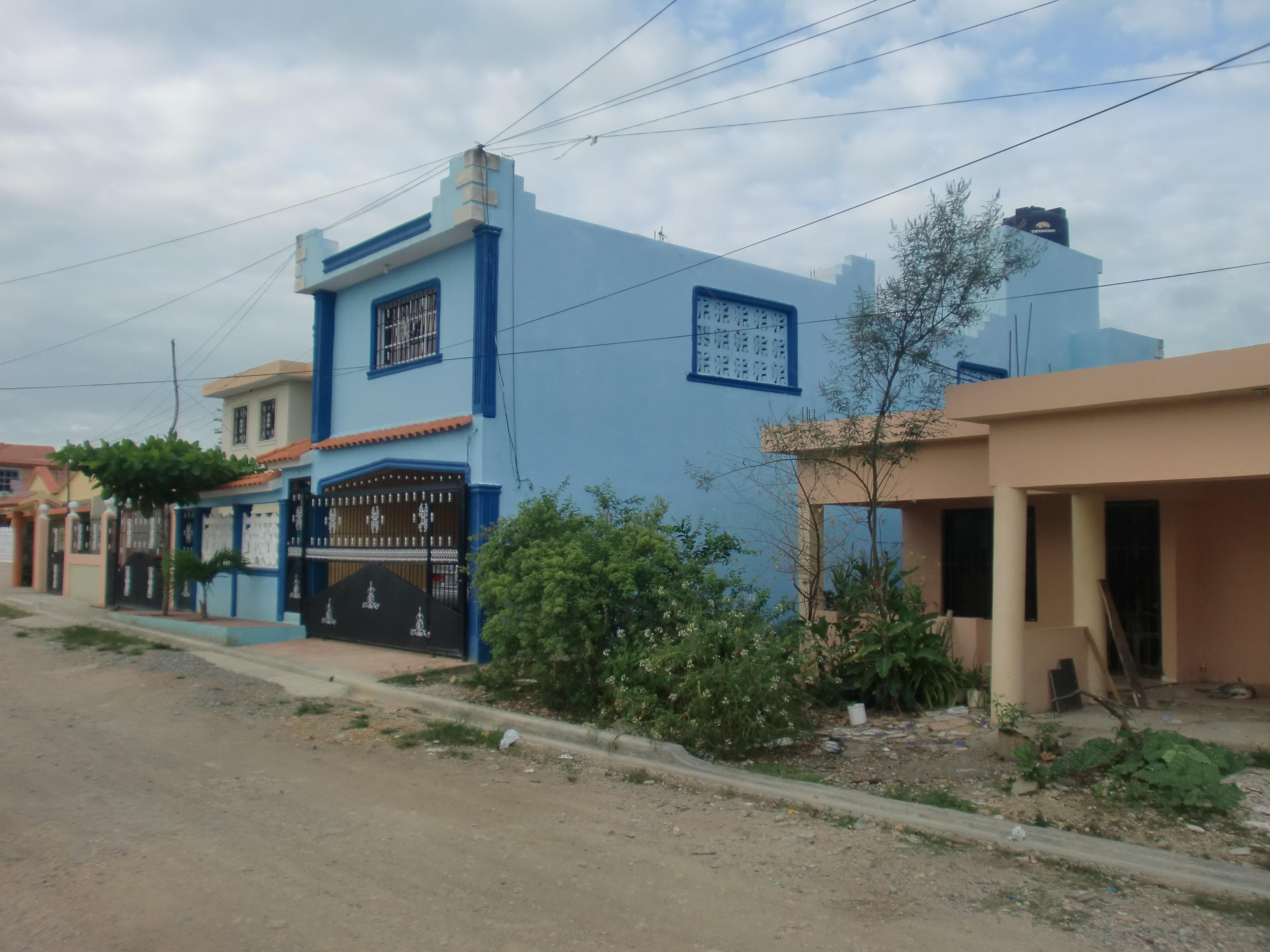 Blaues Haus – Norbert Lahme